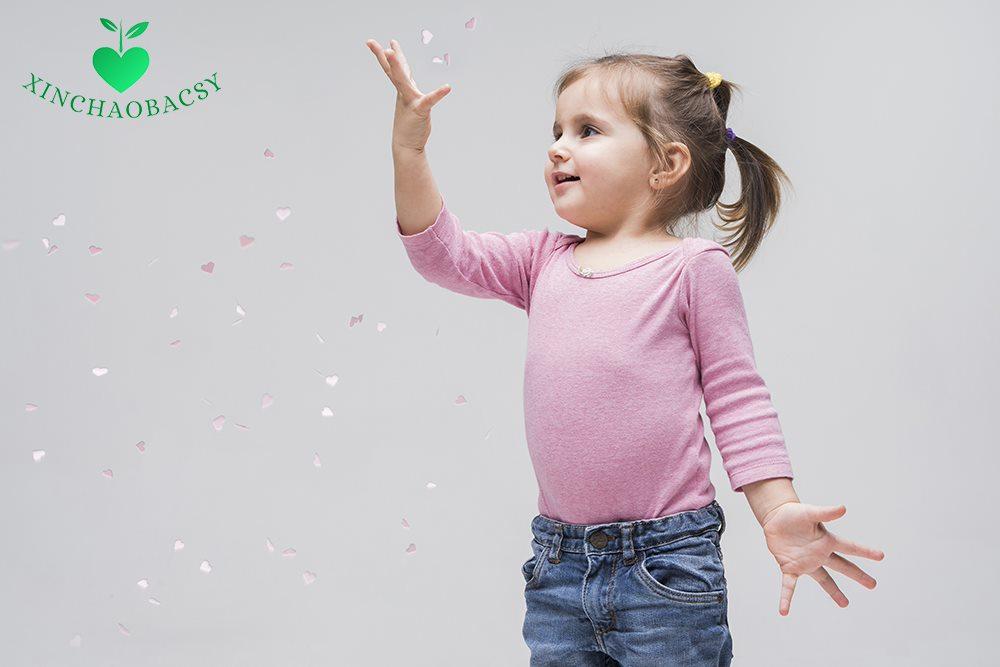 Tăng động giảm chú ý ở bé gái: Cha mẹ chớ nên chủ quan!
